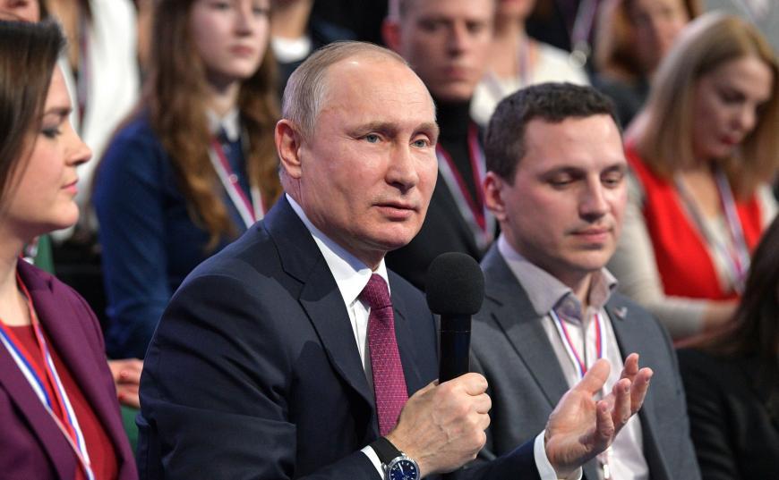 Путин призвал восстановить систему медицинских профосмотров