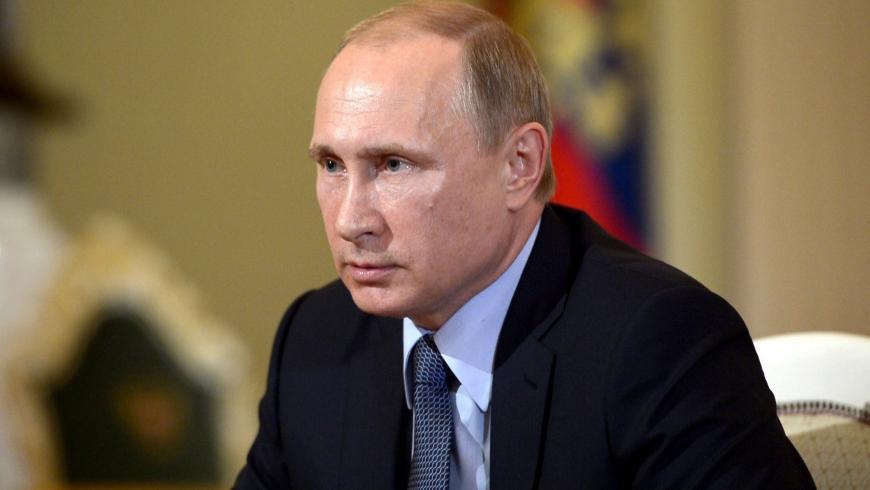 Опрос: жители России считают, что Путин сумеет обеспечить положительные перемены вгосударстве