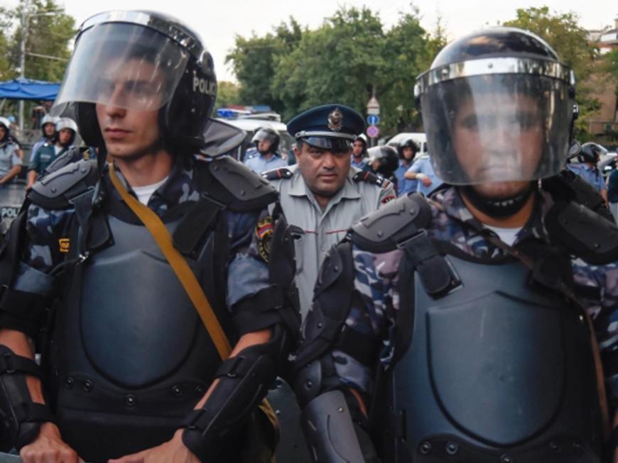 Рядом созданием ППС вЕреване задержали порядка 30 человек