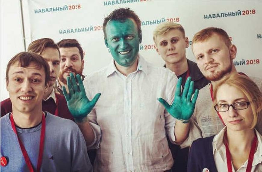 Сторонники Навального поглумились над памятью оВеликой Отечественной войне