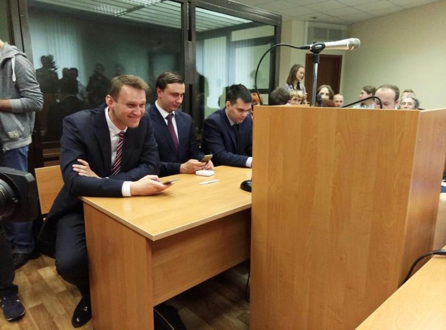 «Либералам— темным налом»: названы имена олигархов— спонсоров Навального