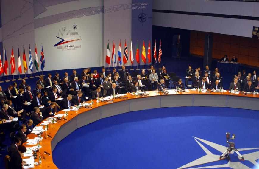 Германия сформирует ивозглавит один избатальонов НАТО вВосточной Европе— генеральный секретарь