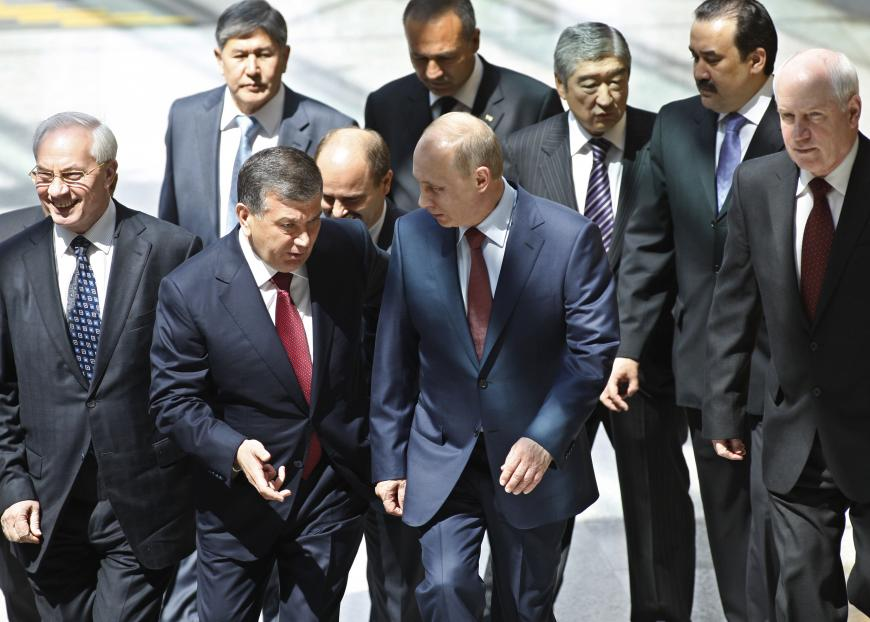 Узбекистан будет укреплять взаимоотношения, выстроенные Путиным иКаримовым