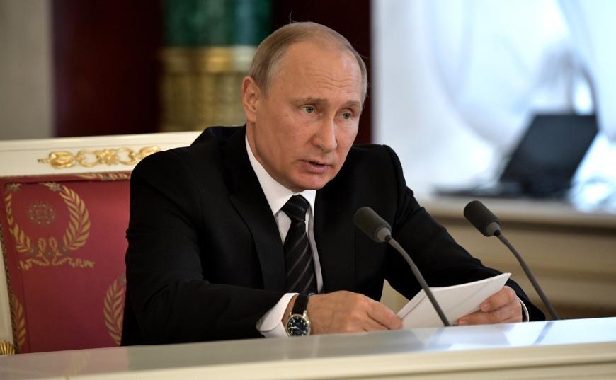 Владимир Путин отдал ряд поручений порезультатам «Прямой линии»