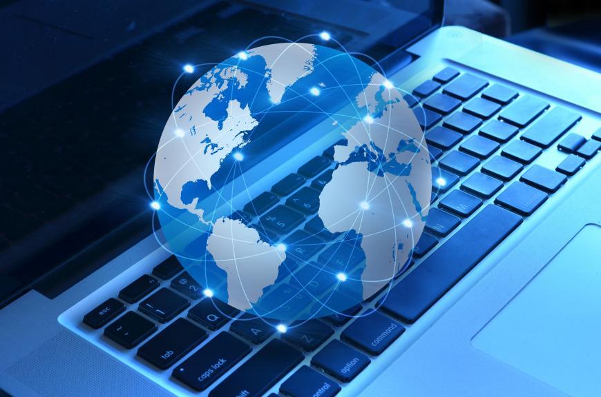 Практически 60% граждан России поддержали предложение онезависимом интернете вБРИКС