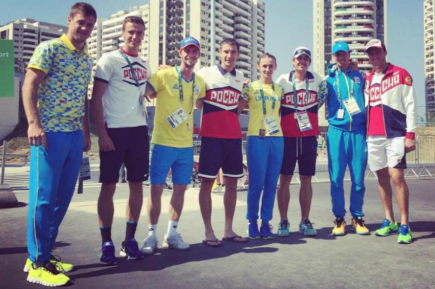 «Обнимашки сордой»: советник Порошенко отреагировал нафото украинских олимпийцев сроссийскими