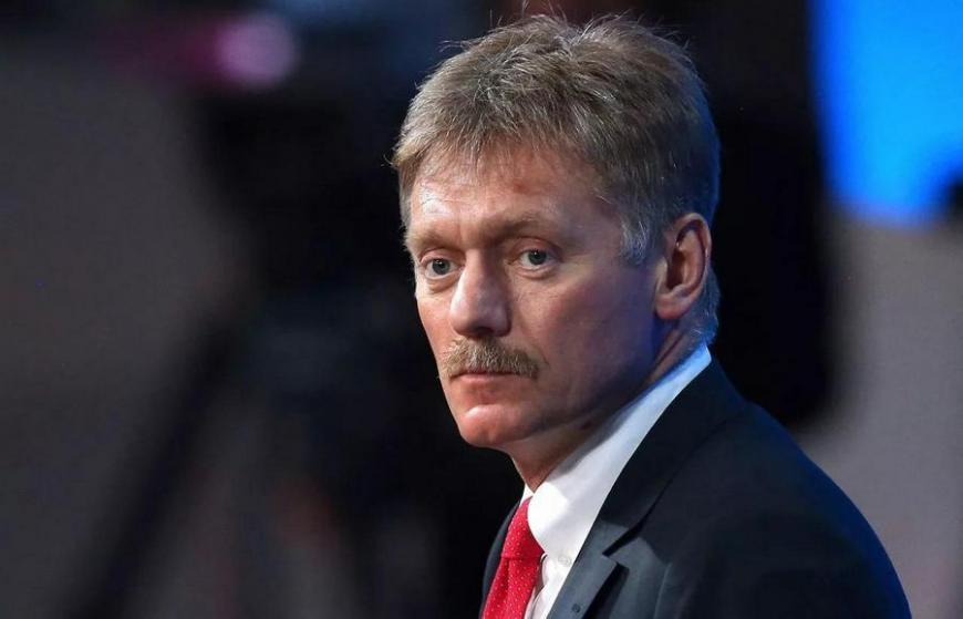 Глава пресс-службы России гордится собственной георгиевской ленточкой