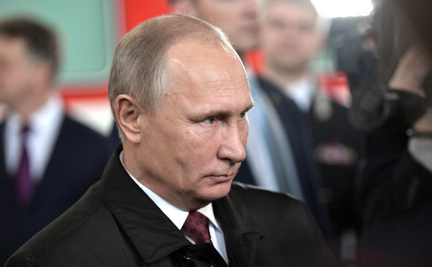 Владимир Путин неожиданно приехал наЖелезнодорожный Съезд