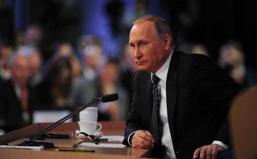 Неменее половины граждан России хотелибы видеть Владимира Путина президентом после 2018 года— Опрос