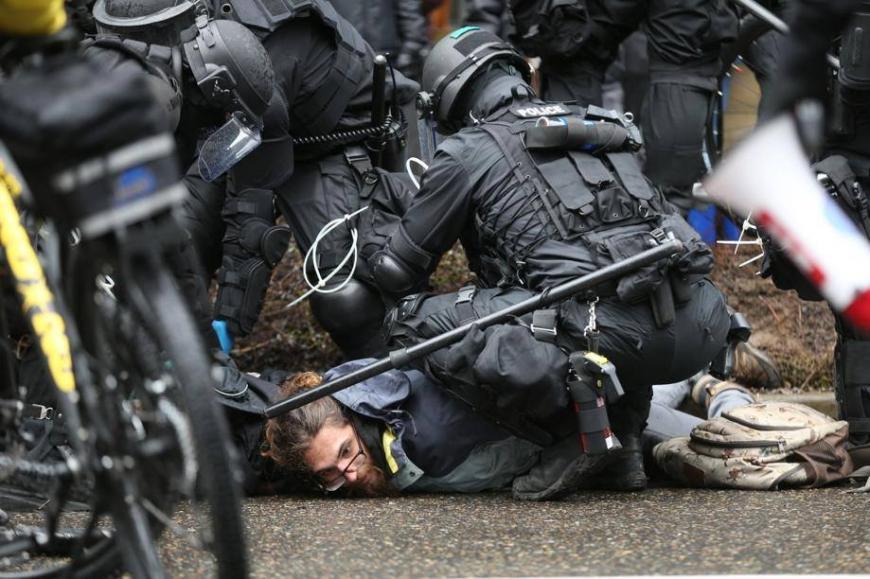 Картинки по запросу разгон демонстрантов испания