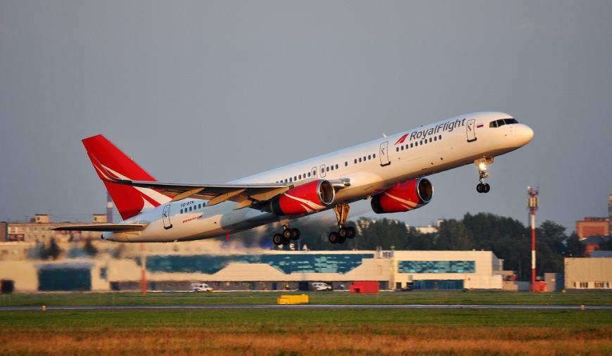 1-ый после перерыва чартерный рейс вылетел из РФ вТурцию