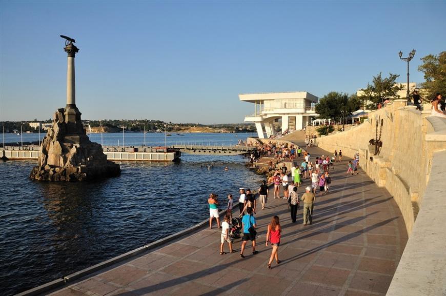 ВКрыму отдохнули неменее 4,6 млн человек