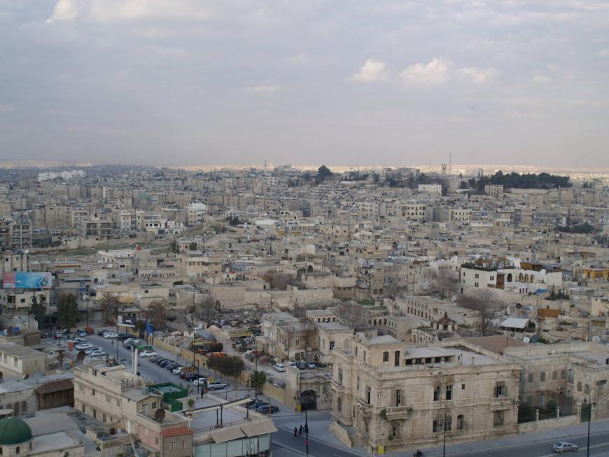 Открылись пункты пропуска сирийских беженцев изИордании иЛивана