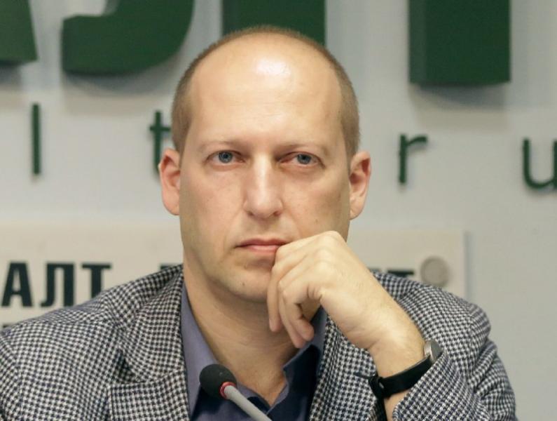 Сергея Удальцова отпустили после задержания уздания Государственной думы